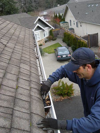 Gutter Cleaning Buffalo NY - Niagara Awning